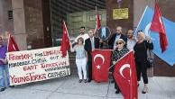 UYGUR TÜRKLERİ'NE SALDIRIYA SİYAH ÇELENKLİ KINAMA  !