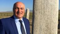 """PROF.DR.AHMET TAŞAĞIL'İN    YAZDIĞI """"UYGURLAR-840 YILINDAN ÖNCE"""" KİTABI YAYINLANDI"""