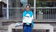 POLONYALI DOĞU TÜRKİSTAN GÖNÜLLÜSÜ MARTYNA'DAN  TEK KİŞİLİK  PROTESTO EYLEMİ